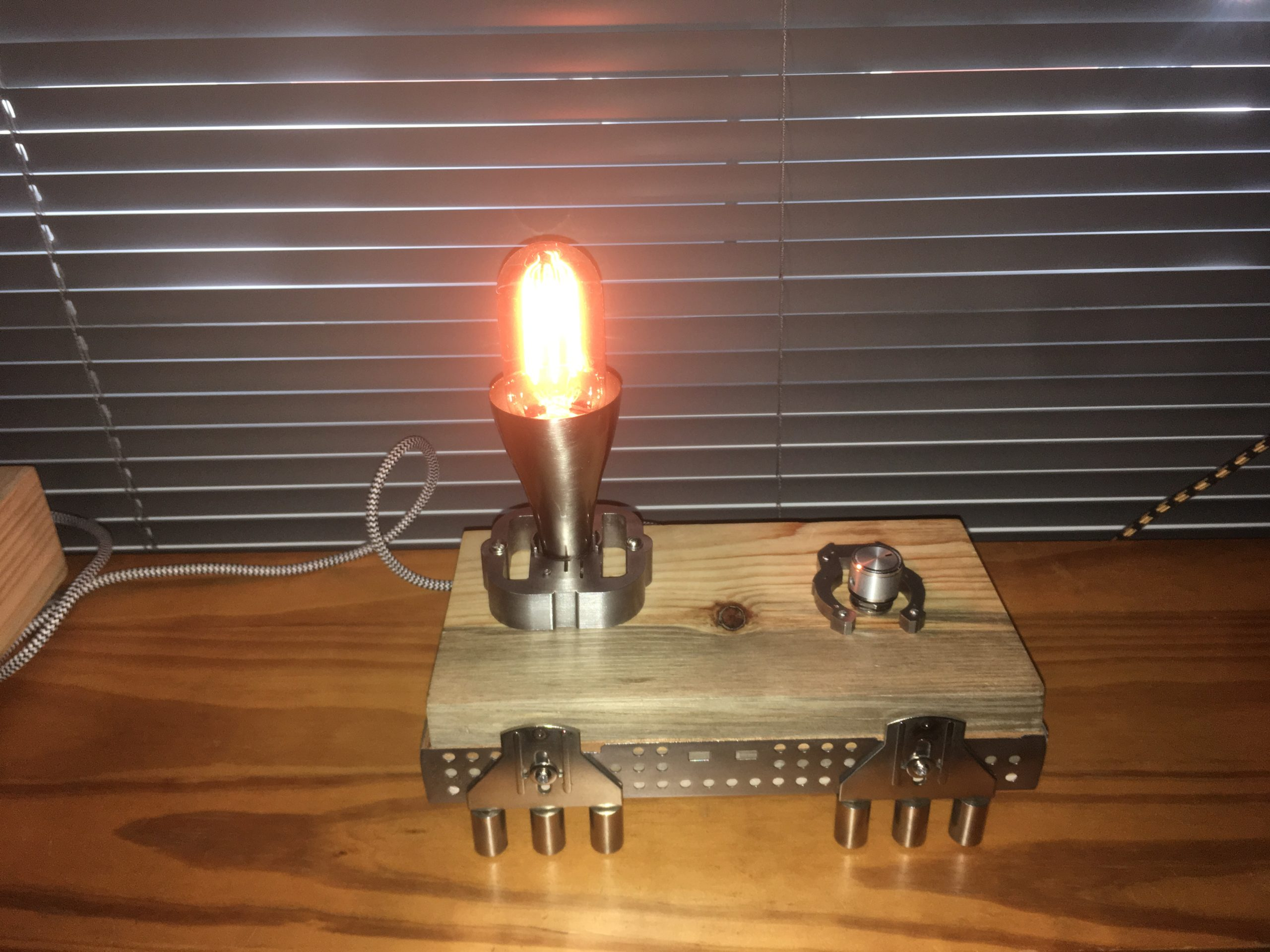 LATCHES LAMP ART BY CHEM